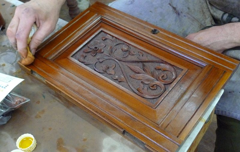 french polishing with rubber